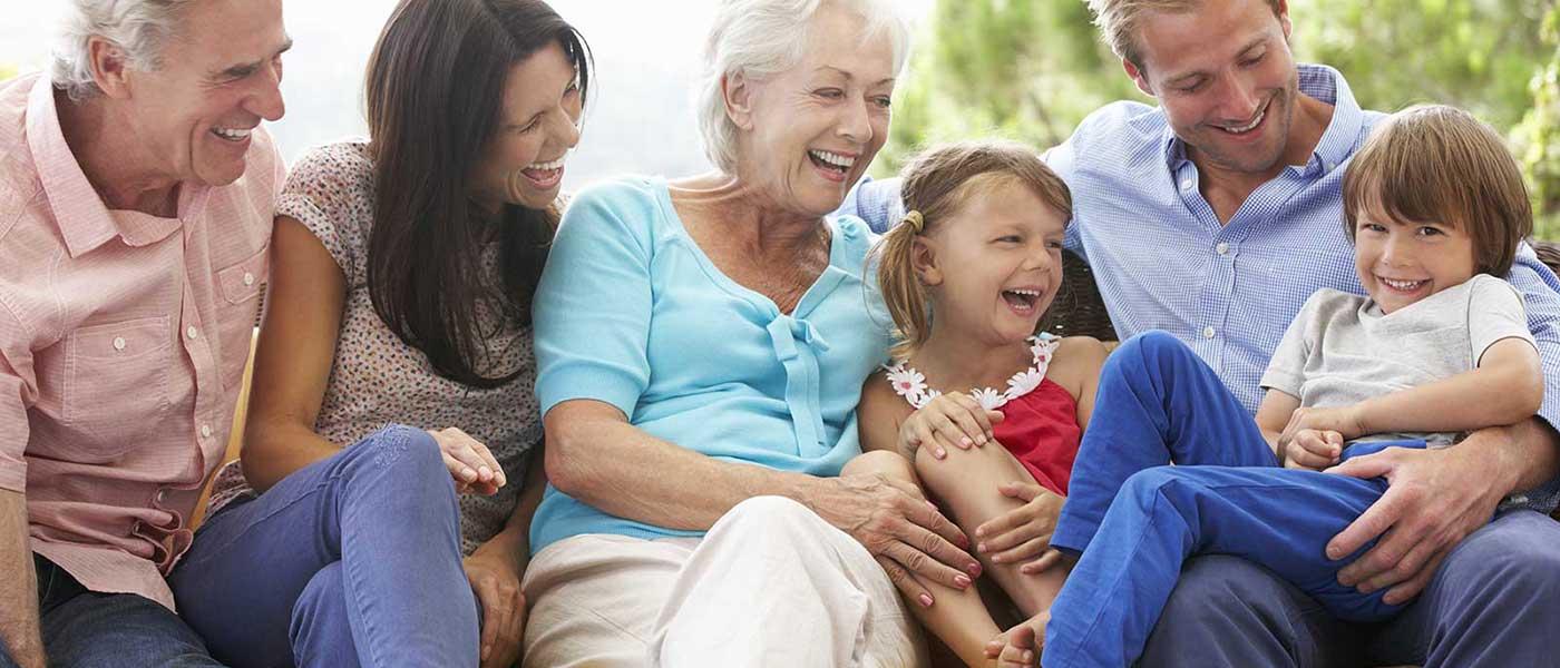 famille multi génération enfants